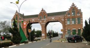 Portal de  entrada da cidade