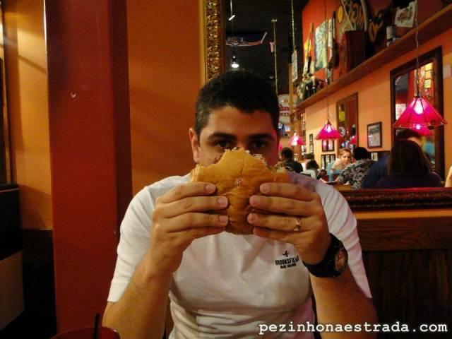 O pequeno hambúrguer de lá