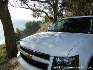 Nosso carro, em uma das paradas no Big Sur