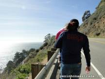 Dormindo no colo do papai em pleno Big Sur