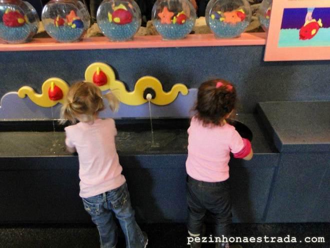Área reservada para crianças bem pequeninas, no Monterey Bay Aquarium