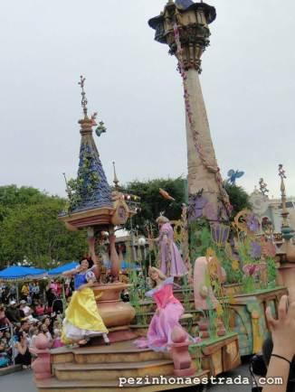 Princesas na parada da Disneyland