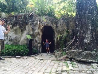Uma das entradas/saídas no aquário do Parque Lage